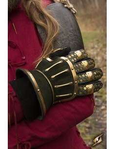 Hourglass Gauntlets - Green